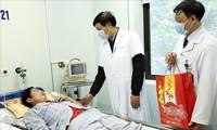 Vietnam sedang  berhasil mengontrol  wabah penyakit radang paru-paru akut  karena virus Corona baru