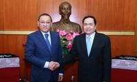 Ketua Pengurus Besar Front Tanah Air Vietnam, Tran Thanh Man menerima Dubes Republik  Kazakhstan, Yerlan Baizhanov
