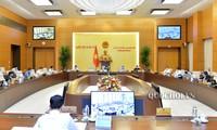 Komite Tetap MN Vietnam  meminta supaya memberikan penilaian yang lengkap dan menyeluruh agar  MN angkatan  XV akan mengamandir  UU mengenai Pertanahan