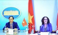 Vietnam dan Kanada meningkatkan lebih lanjut lagi kerja sama ekonomi, perdagangan dan investasi