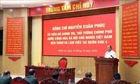 PM Vietnam, Nguyen Xuan Phuc: Terus membantu warga mengatasi  dampak banjir