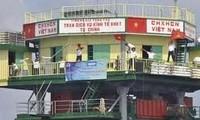 Une délégation se rend dans le district insulaire de Truong Sa