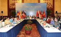 ASEAN, China senior officials discuss COC