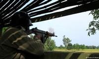 Indian and Pakistani soldiers exchange gunfire in Kasmir