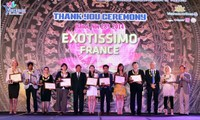 Vietnam honors international travel agents