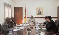 Mozambique pledges to protect Vietnam's investment