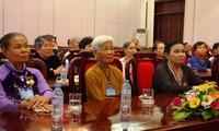 Deputy PM Vu Van Ninh receives Can Tho's national contributors