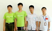 Vietnamese students win gold and silver at the 2015 Int'l Informatics Olympiad