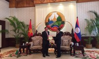 Laotian Prime Minister meets with Vietnam Supreme People's Procuracy