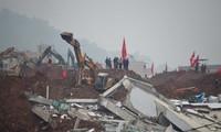China arrests 12 people responsible for landslide in Shenzhen
