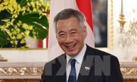 Singapore's Prime Minister begins Vietnam visit