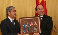 Deputy PM Phuc receives delegates to VN–Lao People's Friendship Association