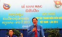 Vietnam, Lao youths boost cooperation