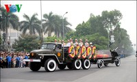 Hanoians pay last respects to General Vo Nguyen Giap