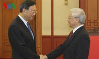 Vietnam, China boost comprehensive cooperation for mutual benefits