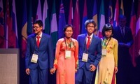 Vietnamese contestants win prizes at Int'l Biology Olympiad