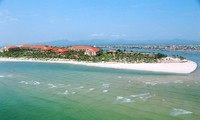 Nhat Le among 10 most attractive beaches in Vietnam