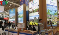 Vietnam travel firms join int'l tourism fair in Moscow