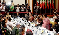 Myanmar signs peace accord with 8 armed groups