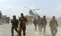 Obama says US soldiers will stay in Afghanistan to 2017