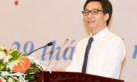 Deputy PM Vu Duc Dam urges for 90% health insurance coverage by 2020