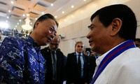 Philippine President: Talks with China should be based on arbitration court's ruling