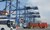 Developing logistics service in Vietnam
