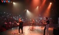 """Ban nhạc Bức Tường ra mắt album 6: """"Con đường không tên"""""""