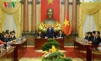 Le président vietnamien reçoit les entreprises sponsorisant le sommet de l'APEC 2017
