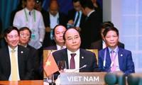 Le PM Nguyen Xuan Phuc aux sommets de l'ASEAN avec les partenaires