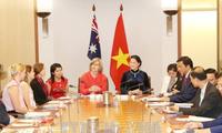 Nguyen Thi Kim Ngan satisfaite de la décision de l'Australie d'envoyer des étudiants au Vietnam