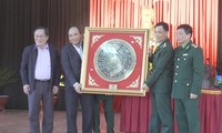 Dak Nong: Le Premier ministre rend visite aux forces armées