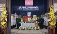 Des hommages à l'ancien Premier ministre Phan Van Khai