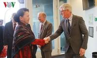 Nguyên Thi Kim Ngân visite un centre d'agriculture high tech aux Pays-Bas