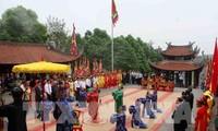 Ouverture de la fête des rois Hùng