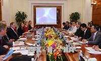 Nguyên Van Binh reçoit une délégation d'experts internationaux en énergie