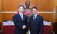 Une délégation de la Conférence consultative politique du peuple chinois de Shanghai au Vietnam