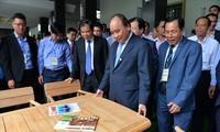 Nguyên Xuân Phuc: L'industrie du bois doit devenir un pivot des exportations nationales