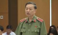 Assemblée nationale: Tô Lâm répond aux questions des députés
