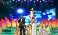 Concert en l'honneur du 130e anniversaire du président Tôn Duc Thang