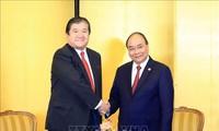 Nguyên Xuân Phúc rencontre des députés et des hommes d'affaires japonais