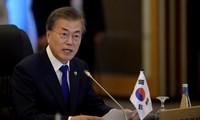 Moon Jae-in et Audrey Azoulay s'engagent à œuvrer pour la réconciliation intercoréenne