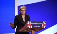 """Brexit: l'UE veut de nouvelles """"propositions concrètes"""" de Theresa May"""