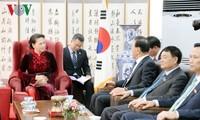 Nguyên Thi Kim Ngân reçoit le consul général honoraire du Vietnam à Busan-Kyeongnam