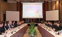 Mark Rutte : lever les obstacles aux échanges économiques Hollande-Vietnam