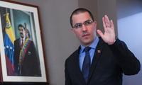 """Le Venezuela se dit """"prêt"""" à se battre et à gagner en cas d'attaque militaire de Washington"""