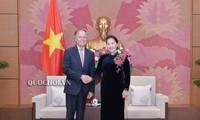Nguyên Thi Kim Ngân reçoit le chef de la diplomatie italienne