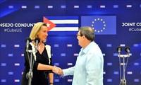 L'UE et Cuba renforcent leurs liens, face aux pressions de Washington