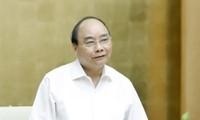 Nguyên Xuân Phuc évalue les projets de coopération avec le Laos et le Cambodge