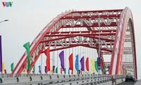 Le pont Hoang Van Thu mis en service